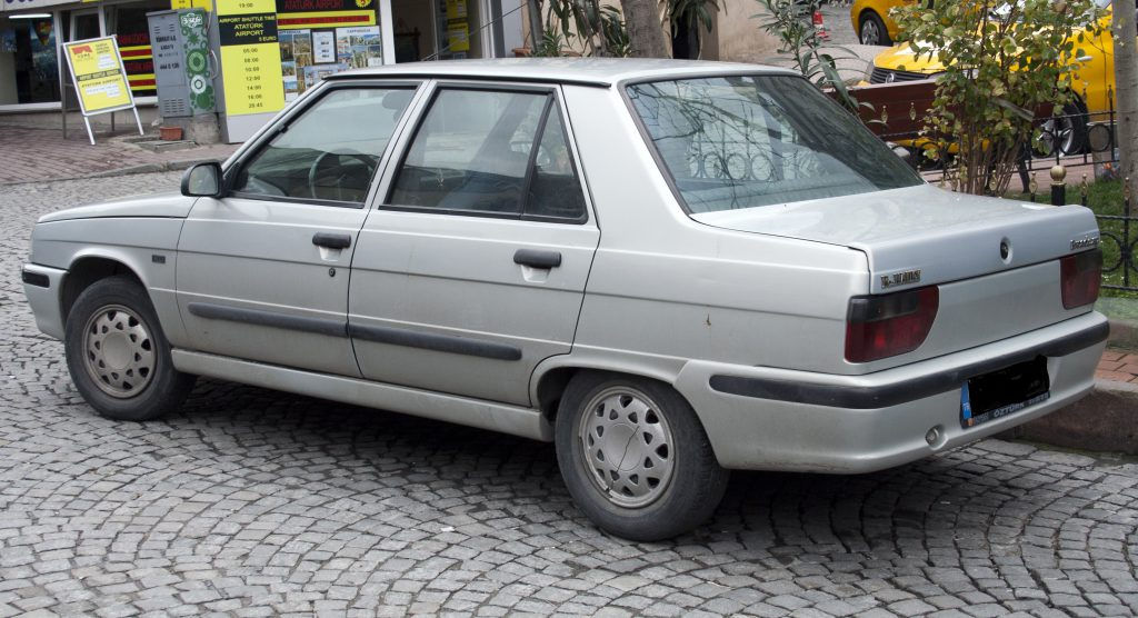 Renault Broadway Akü Lambası Yanıyor Çözümü Görseli